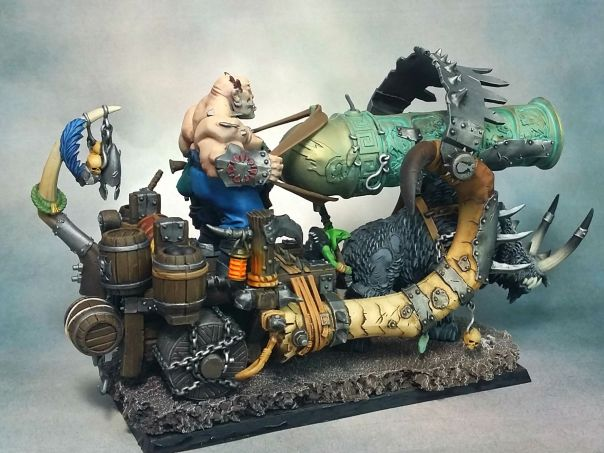 GW Ogre Ironblaster Standard with Level 2 base