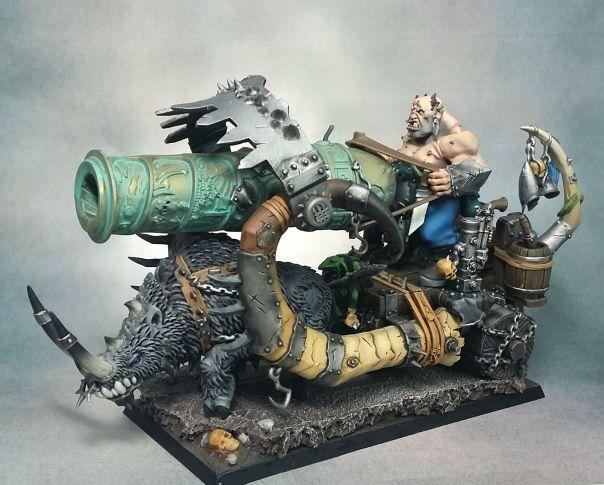 GW Ogre Ironblaster Standard with Level 2 base